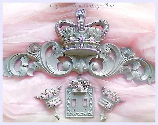Lilac and Light Grey Bed Crown Set