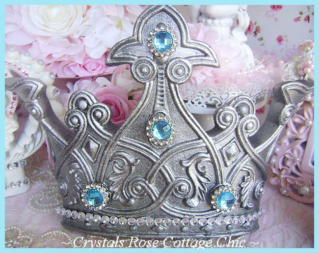 Royal Pewter Bed Crown Crown Set with Turquoise