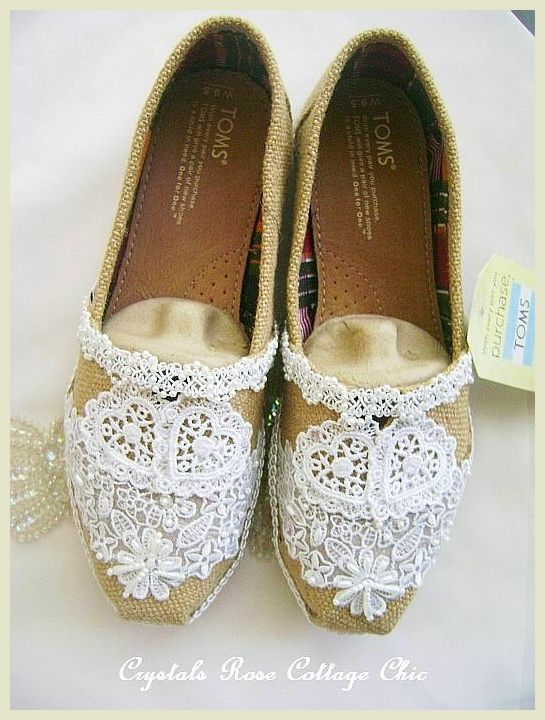 bef1fec4a23 ... Burlap and Lace Hearts Wedding Toms ...