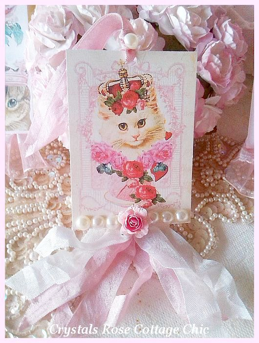 Vintage Cat with Crown Tag