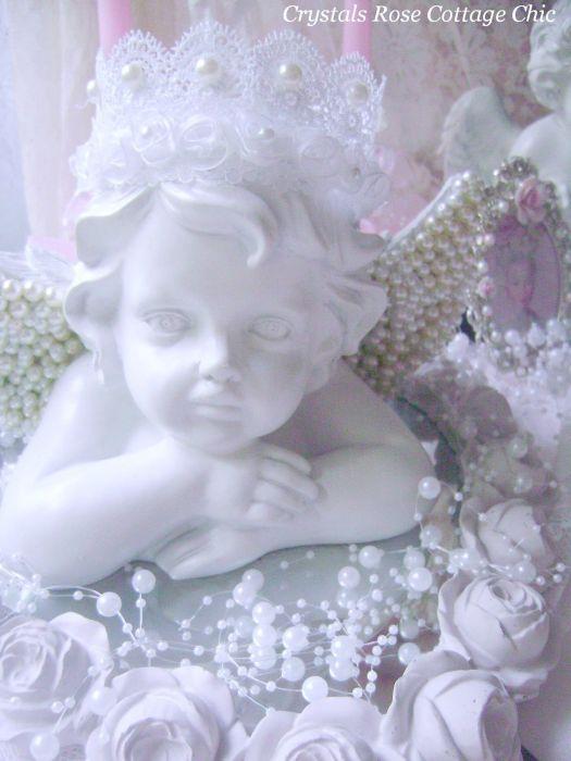 Romantic Pearl Cherub