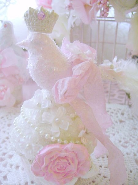Crowned Queen Bird Pink Rose Cupcake Ornament