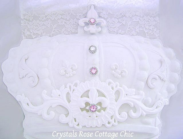 Fleur de Lis Bella Bed Crown