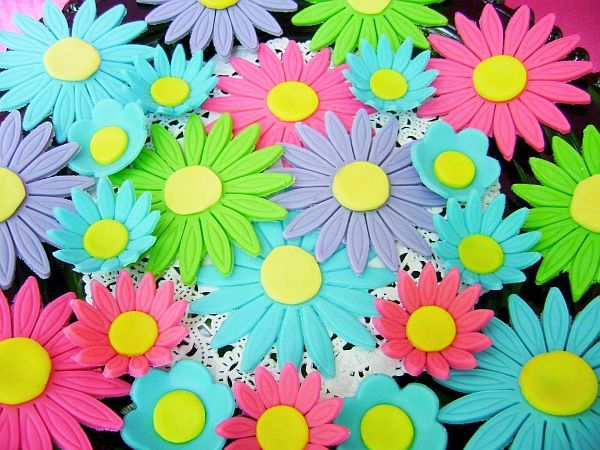 Special Order for Assorted Bright Colored Fondant Daisy Flower Mix
