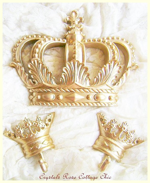 Gold Fleur de Lis Bed Crown Set