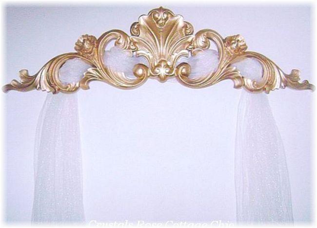 Custom Gold Pediment Listing for Pastor