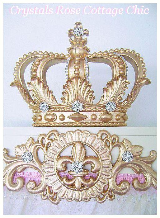 Vintage Hollywood Golden Glam Fleur de Lis Teester