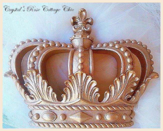 Gold Glitter Fleur de Lis Bed Crown