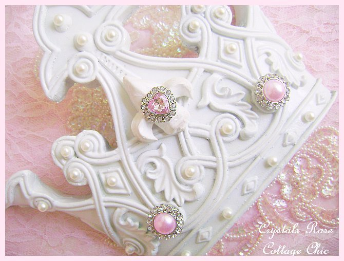 Romantic French Fleur De Lis Crown
