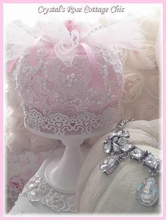 Romantic Lace Pink Pumpkin