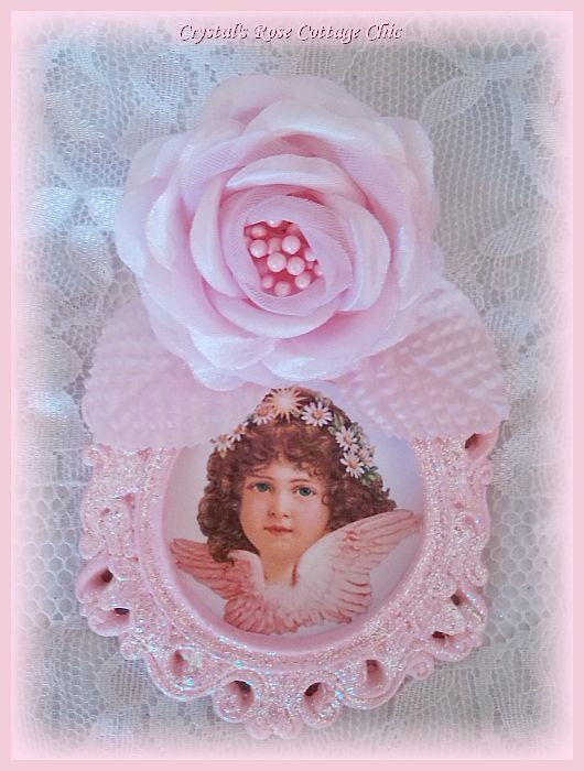 Pink Wings Victorian Cherub in Ornate Rose Glitter Fame