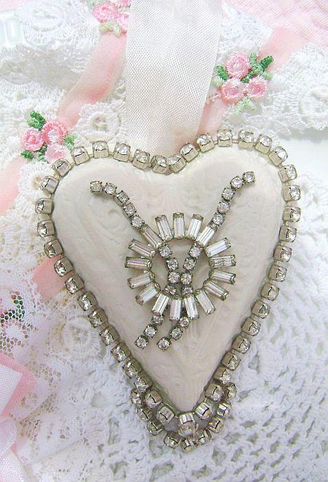 Circle of Love, Vintage Charm Heart Wedding Ornament