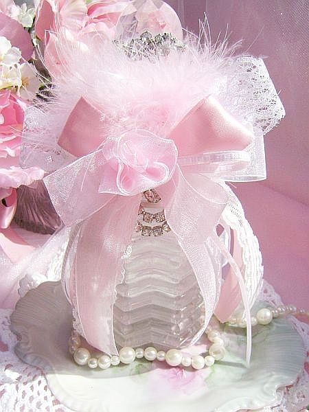 Romantic Pink Vintage Bath Bottle