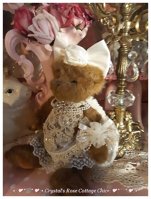 Royal Rose Bow Glamour Bear