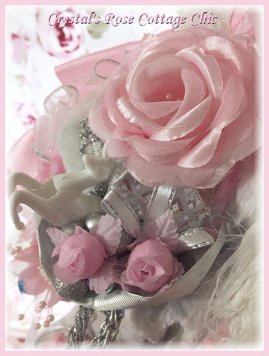 """Pink and White Rose Santa 20"""""""