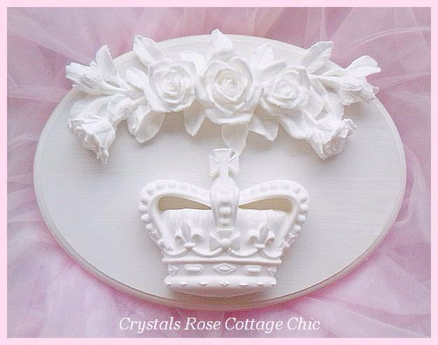 Shabby Rose French Cross Crown Oval Plaque