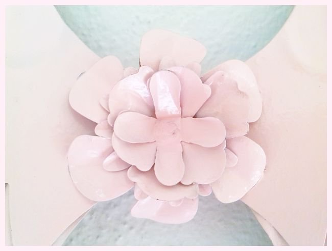 Shabby Pink Wings Wall Decor