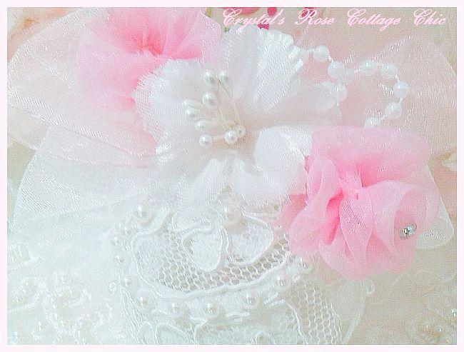 Bella Lace Ornament