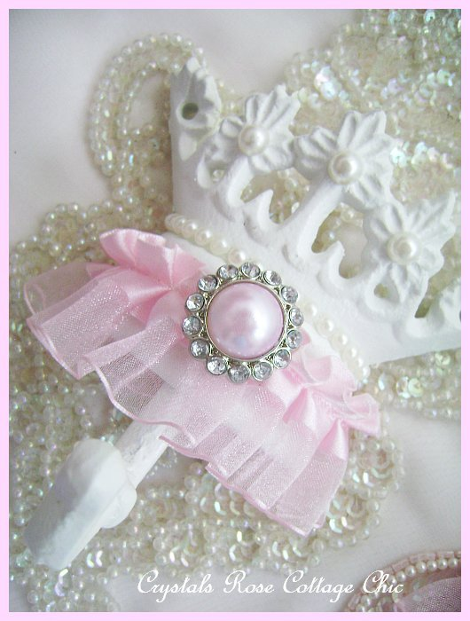 Pink Princess Pearl Hook