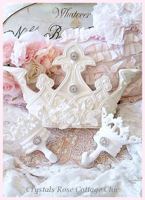 Shabby Rose Bed Crown Set Pearl Finish