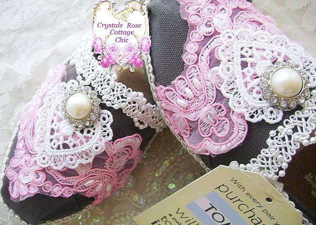 Shabby Pink Lace Ivory Pearl Toms