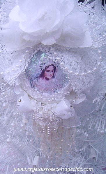 Victorian Bridal Romance Ornament 2