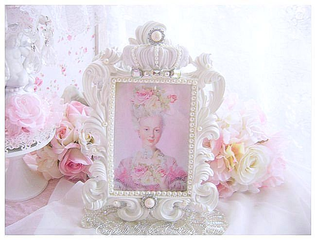 Ivory Pearl Shabby Chic White Crown Frame