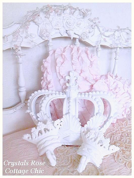 Shabby Cottage White Fleur de Lis Bed Crown Set
