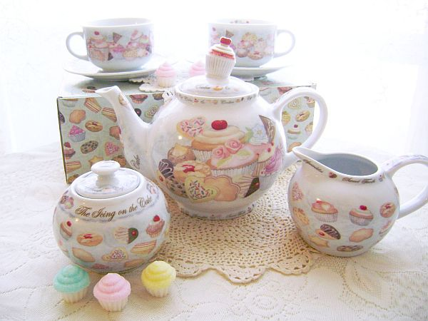 The Icing on the Cake, Cupcakes and Cookies Tea Set