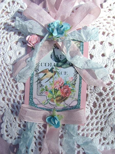 Vintage French Chic Cologne Label Tag