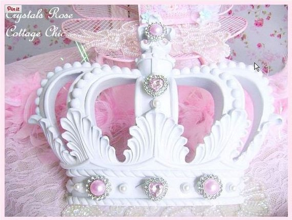 Custom White Bed Crown to Au