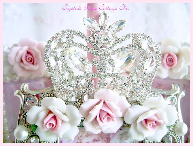Shabby Rose Crown Frame