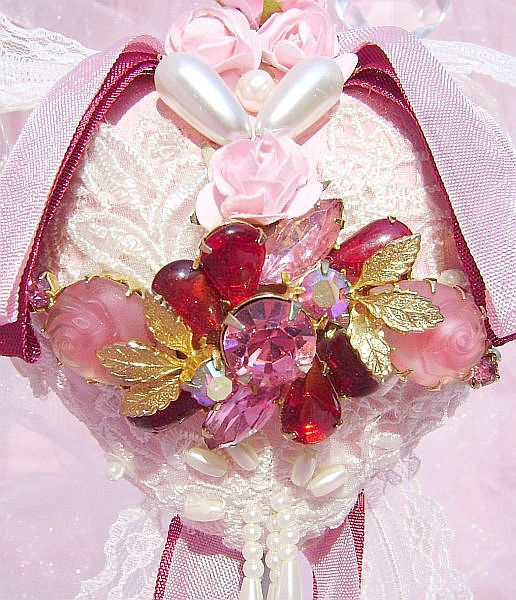 Romantic Rose Vintage Charm Heart Ornament