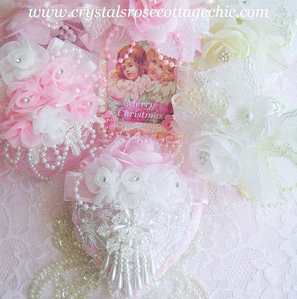 Romantique Rose Bouquet Ornament
