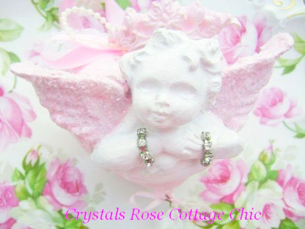 Romantic Cherub on Shabby Pink Heart with a Vintage Touch