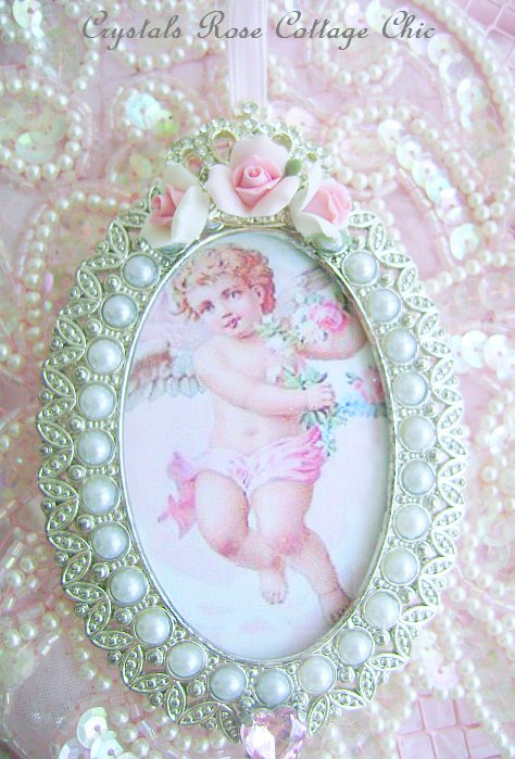Shabby Rose Crown Frame Ornament