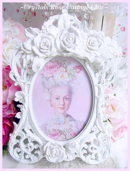 White  Shabby Rose Oval Frame