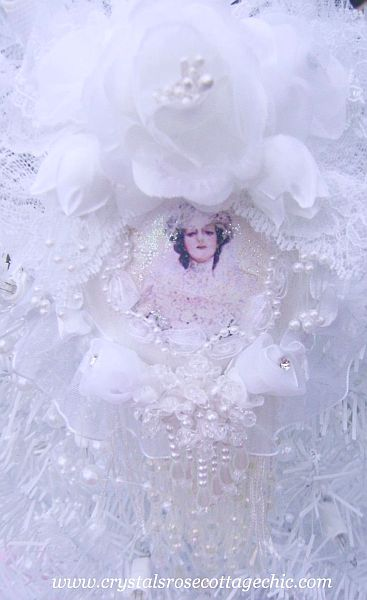 Victorian Bridal Romance Ornament 3